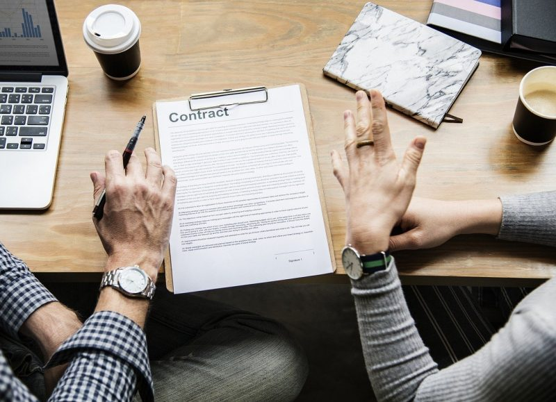 Finanziamenti con garante obblighi, rischi e prestiti senza garante