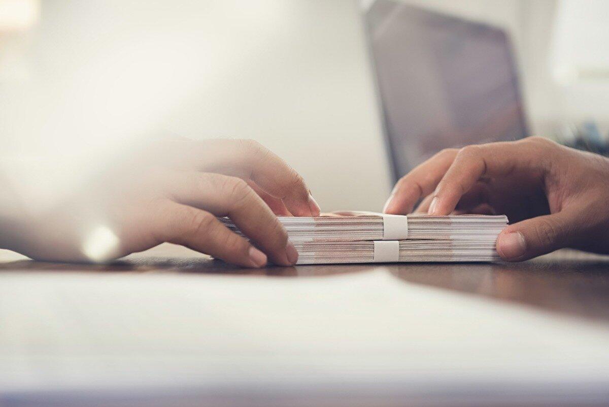 Quali sono le differenze tra delega di pagamento e cessione del quinto?